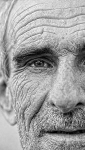 Old-Man-Face-B&W